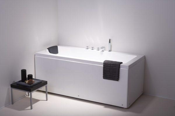 maxxwell-prag-badekar